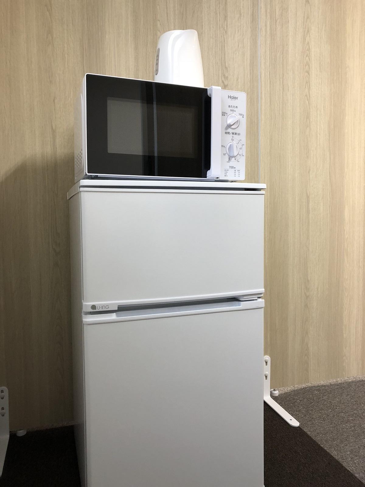 ディープレイスの設備(冷蔵庫・電子レンジ・電気ケトル)