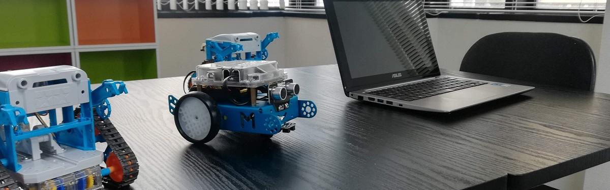 パソコン・プログラミングが学べる放課後等デイサービス